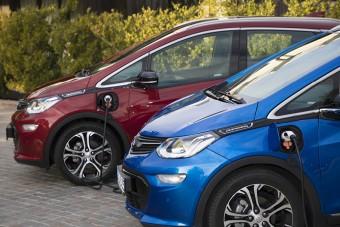 """""""Das Elektroauto"""": Opel Ampera-e zachwyca elektryzującą technologią"""