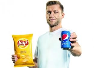 Kibice wygrywają pierwsi! Startuje atrakcyjna promocja konsumencka marek Pepsi i Lay's
