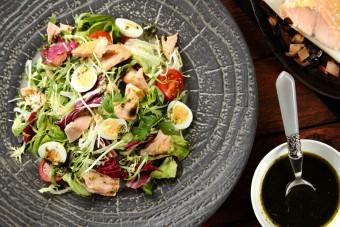 Trybula, gorczyca i biały pieprz, czyli jak podkreślić smak wiosennych sałatek?