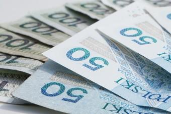 Gdzie taniej? Test kredytów gotówkowych oferowanych przez 12 największych banków