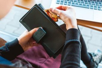 Zakupy bez wychodzenia z domu - spożywcze markety internetowe