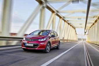 Opel Ampera e przejechał 750 kilometrów na jednym ładowaniu