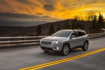 Pierwsze zdjęcia nowego Jeepa® Cherokee 2019
