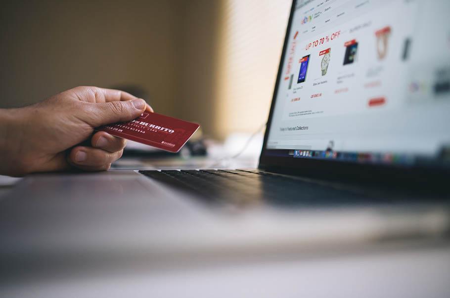 Tłumaczenia dla e-commerce: prężnie działające sklepy internetowe