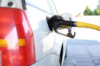 Średnie ceny benzyny ponownie przebiją poziom 5 zł za litr