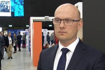 Absencje chorobowe pracowników kosztują gospodarkę miliardy złotych