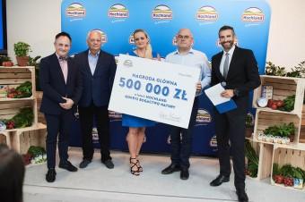 500 000 zł trafiło do rąk zwycięzcy Loterii Hochland - Odkryj Bogactwo Natury!