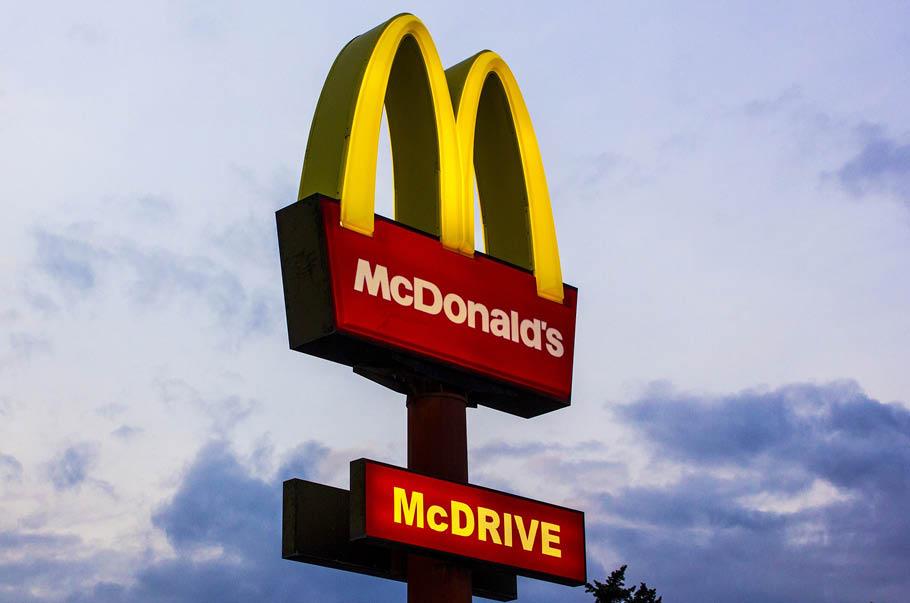 McDonald's łączy siły ze Starbucksem  dla środowiska