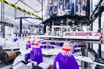 Najnowsze światowe standardy zarządzania bezpieczeństwem i higieną pracy w zakładzie produkcyjnym Henkla