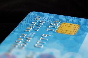 Płatności bezgotówkowe z korzyścią dla urzędników i społeczeństwa