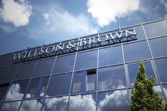 Willson & Brown przejęty przez Array