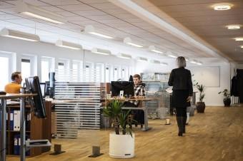 Coraz więcej firm decyduje się na wynajem wspólnej powierzchni biurowej