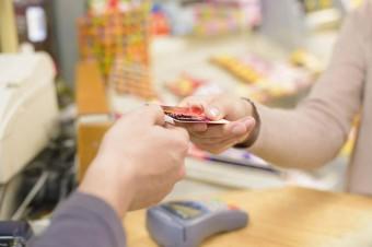 Jaka będzie przyszłość gotówki? Płatności elektroniczne dają coraz więcej korzyści