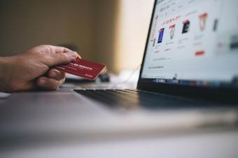 """Czy e-commerce """"zabije"""" handel tradycyjny w regionie Europy Środkowo-Wschodniej?"""