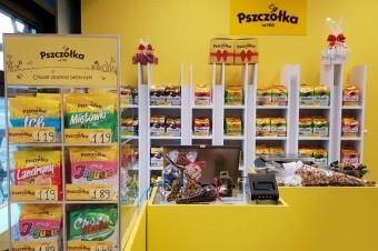 """Fabryka Cukierków """"Pszczółka"""" otwiera sklepy firmowe"""