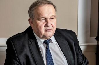 Dr Faliński: Zakaz handlu w niedziele zostanie utrzymany