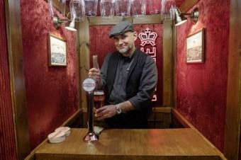 Pierwszy w Polsce bar w windzie - eksperyment społeczny marki Tyskie