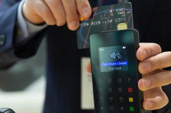 Zwiększenie limitu płatności zbliżeniowych bez kodu PIN do 100 zł możliwe jeszcze w tym roku