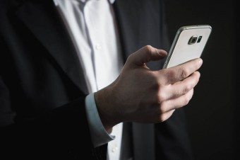 Szybko rośnie liczba ataków na smartfony