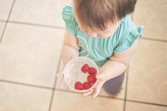 Cukry naturalne i dodane w diecie najmłodszych