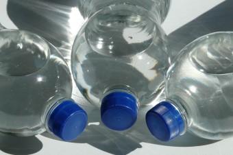 Deloitte: Kaucja za plastikowe butelki może okazać się jedynym rozwiązaniem