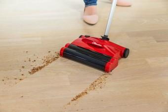 Nowość! Quick & Clean – szczotka elektryczna nowej generacji marki Vileda idealna do codziennego sprzątania