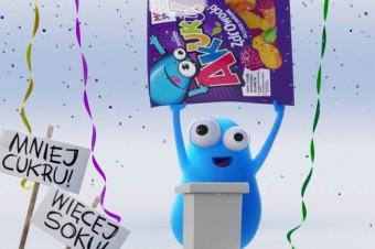 Akuku! Owocuje zaskoczeniem w majowej kampanii reklamowej