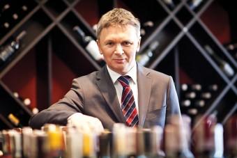 AMBRA: Wysoka dynamika sprzedaży win spokojnych, brandy i whisky potwierdza trend premiumizacji