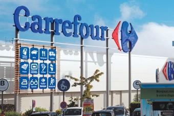 Automat SwipBox stanął w Carrefour