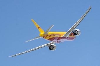 Przesyłki lotnicze będą doręczane nowymi Boeing'ami 777 Freighter, które dołączają do floty DHL Express