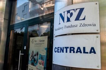 Rośnie dług Polaków wobec NFZ. Eksperci uspokajają, że skala wyłudzeń będzie coraz mniejsza