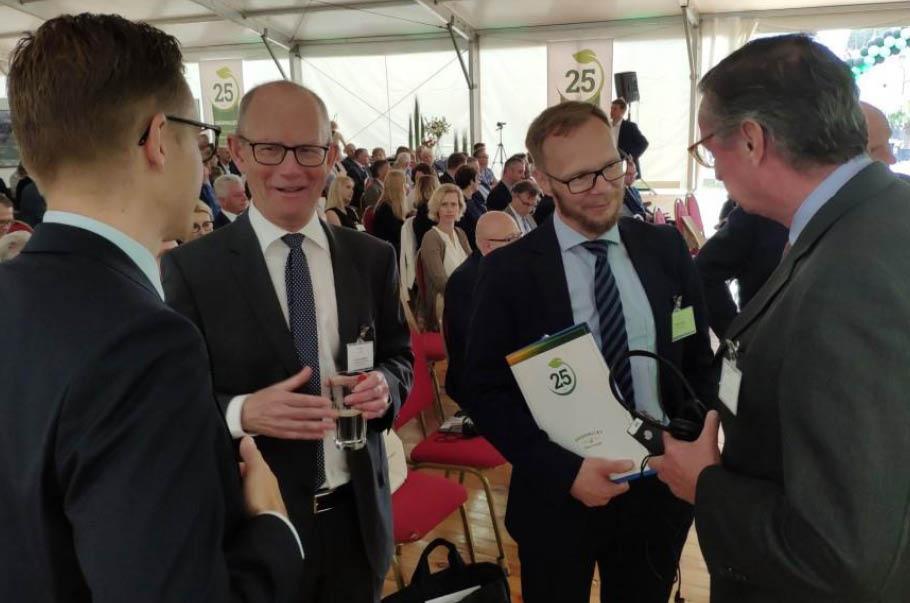Od lewej: Ambasador Królestwa Danii - Ole Egberg Mikkelsen, Paweł Nowak - Dyrektor Zarządzający Goodvalley