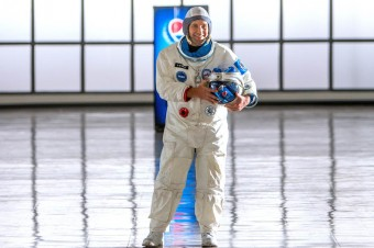 Paul Rudd i Michael Peña w kosmicznym pędzie po puszkę Pepsi®