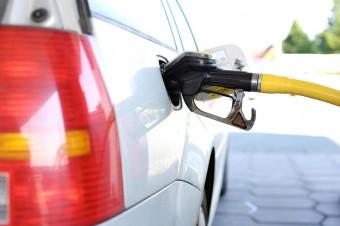 Ceny benzyny w wakacje mogą spaść w przypadku decyzji o zwiększeniu wydobycia