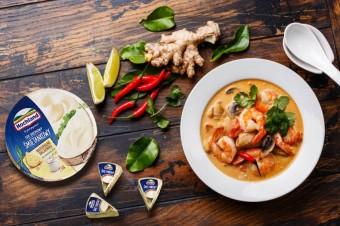 Zupa tajska z serkiem kremowym i mlekiem kokosowym! #PyszneInspiracje Hochland