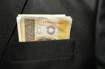 Ponad 67 tys. przypadków wyłudzeń kredytów w ciągu roku na skradzione dane