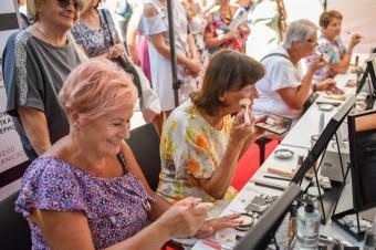 Sephora wspiera seniorów