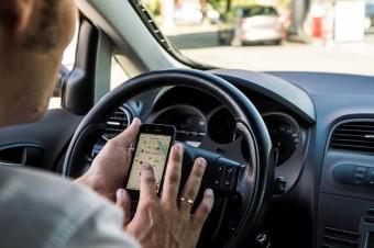 Badanie na stacjach paliw: Dla kierowców ważniejszy alkohol niż ceny paliw