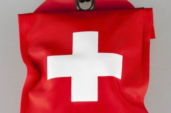 Udzielenie pierwszej pomocy mogłoby o połowę zmniejszyć liczbę ofiar wypadków drogowych