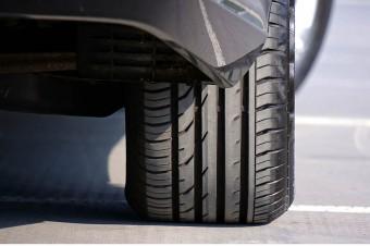 Opony nowej generacji będą informować kierowcę o zagrożeniu na drodze
