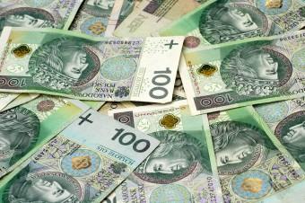 Pieniądze oszczędza 9 na 10 Polaków