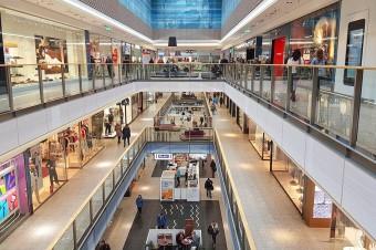 Promocje w Czarny Piątek – sklepy już liczą przychody, ale również straty