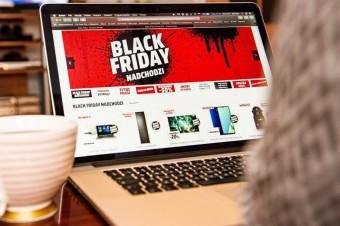 Młodzi Polacy coraz sceptyczniej podchodzą do Black Friday