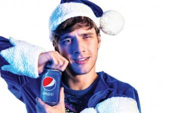 """""""Elfy same w domu"""" – świąteczna kampania Pepsi w niezwykłej odsłonie!"""