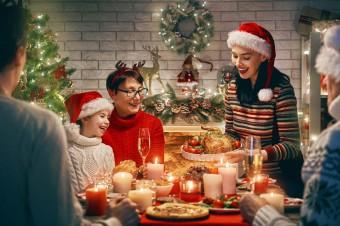 Tradycyjnie czy komercyjnie? Jak Polacy szykują się do świąt? Wyniki badania