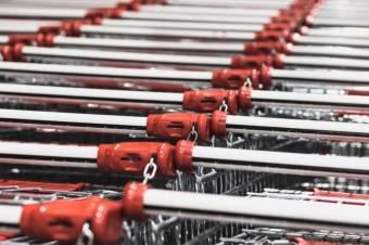 Jak handel radzi sobie z pikami sprzedażowymi