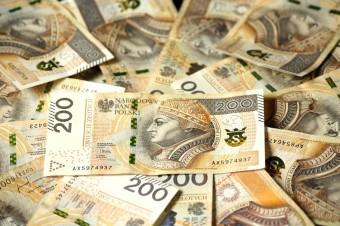 Płaca minimalna w tym roku wyższa niż w ubiegłym o 350 zł.