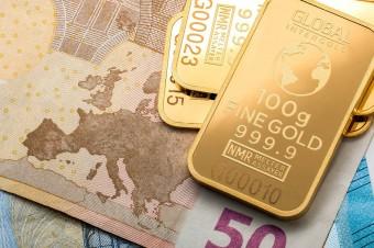 W ciągu roku złoto podrożało o ponad 20 proc. Analitycy prognozują dalsze wzrosty